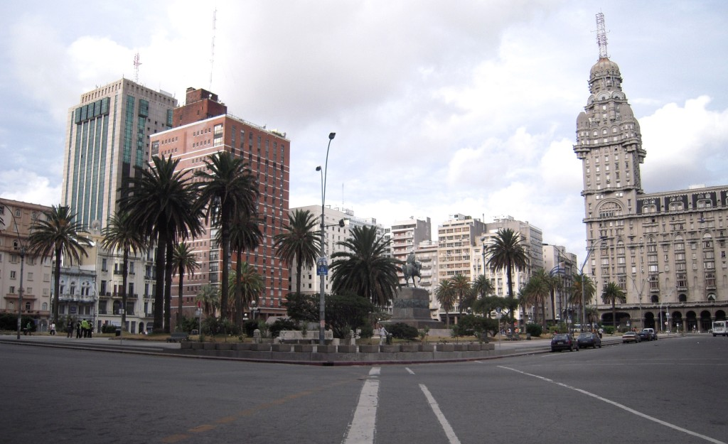 Plaza_Independencia_Montevideo