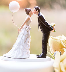 unique-wedding-cake-toppers-photo