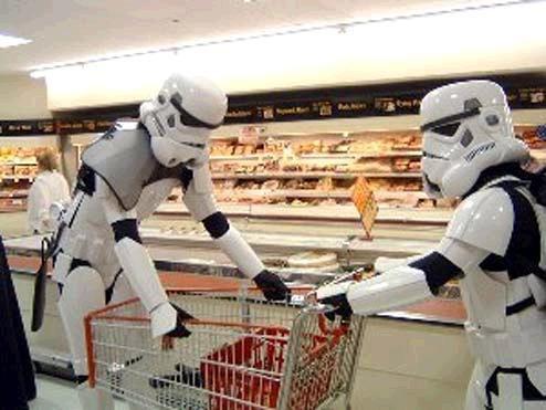 storm-trooper-supermarket
