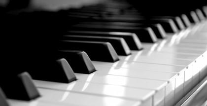piano_keyboard-wallpaper-800x480