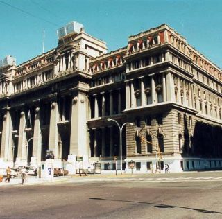 La corte argentina dice tener la decisión final